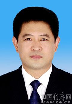 唐山吧陈学军_郭竞坤,河北迁安人,男,汉族,1971年1月出生,1990年4月入党