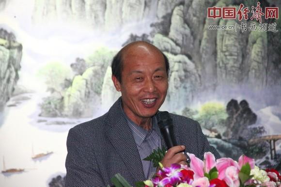 中国孔子国画院院长、中国国画家协会理事杜中良致答谢词
